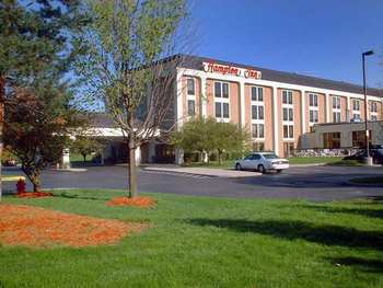 Exterior view of Hampton Inn Ann Arbor-South.