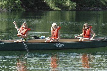 Canoeing at The Retreat at Balcones Springs.