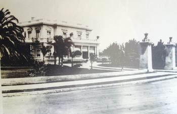 Historic photo of Glorietta Bay Inn.