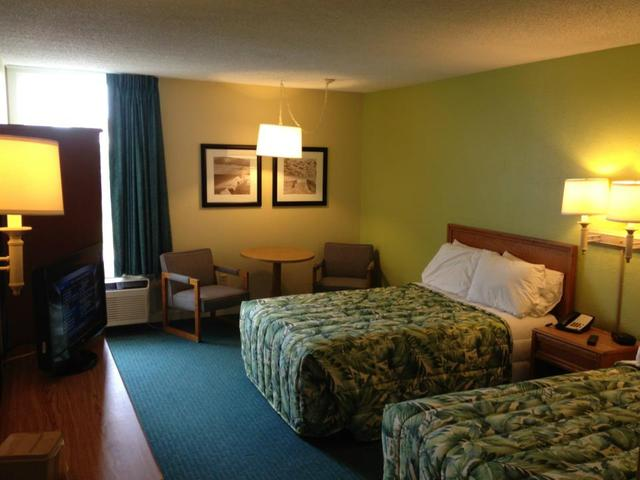 Guest bedroom at Outer Banks Inn.