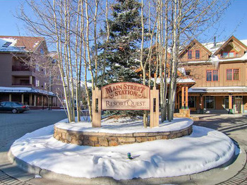 Main Street Station exterior at Breckenridge Discount Lodging.