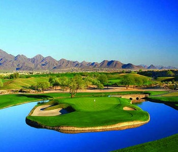 Golf in Paradise Valley at Montelucia Resort