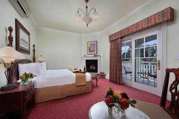 Romantic King Suite at Paso Robles Inn