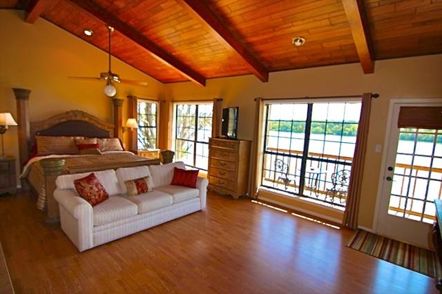 Front Desk Vacation Rentals Marble Falls Lake Lbj Tx