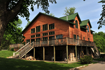 Exterior view of Bug-Bee Hive Resort.