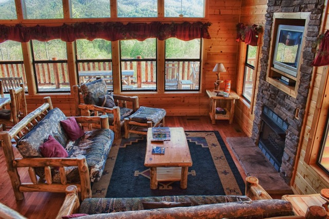Cabin living room at Great Cabins in the Smokies.