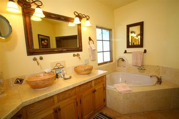 Anasazi Penthouse Suite bathroom at Inn on La Loma Plaza.