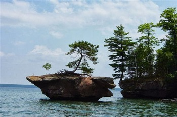 Honeymoon island at Woodside Cottages of Bayfield.