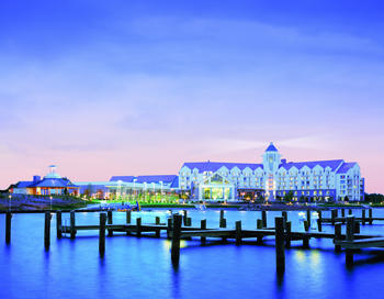 Exterior view of Hyatt Regency Chesapeake Bay Golf Resort, Spa and Marina.