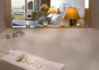 Luxury bathrooms at Inn at Cape Kiwanda.