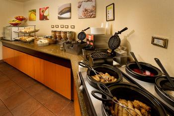 Breakfast Bar at Fairfield Inn Manassas