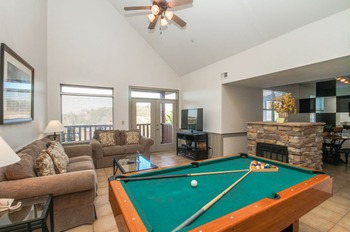 Vacation rental living room at Golfview Vacation Rentals.