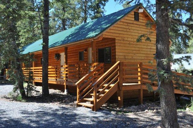 Cabin view at Pinewoods Resort.
