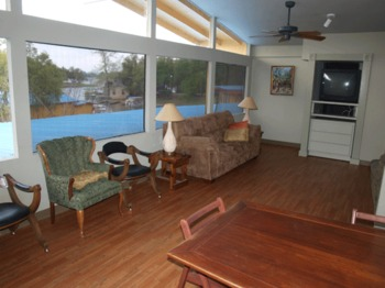Guest room at Lake LBJ Resort & Marina.