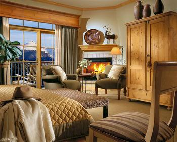 Guest room at Lodge & Spa At Cordillera.