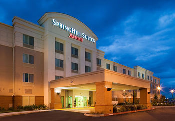 Exterior view of SpringHill Suites Vancouver Columbia Tech Center.