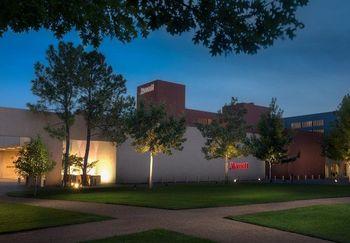 Exterior view of Dallas/Fort Worth Marriott Solana.