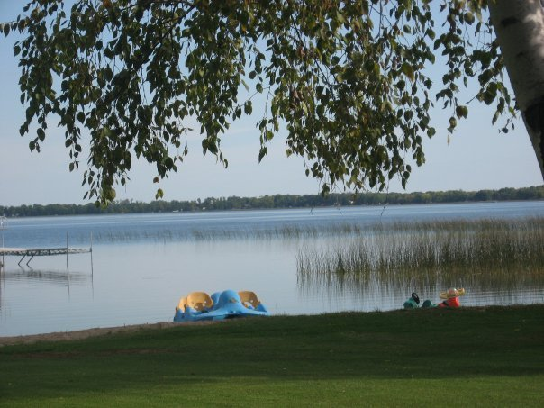 The lake at Wil-O-Wood Resort.
