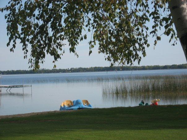 The lake at Wil-O-Wood Resort.