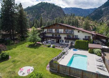Outdoor pool at Alpen Rose Inn.