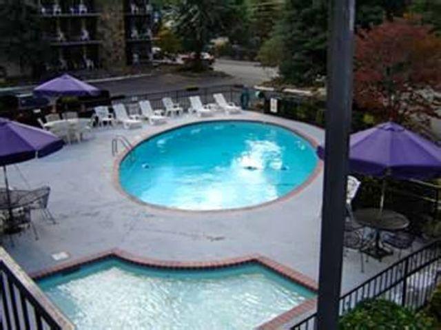 River edge gatlinburg hotel gatlinburg tn resort for Pigeon forge motor lodge pigeon forge tn