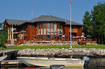 Exterior view of Voyagaire Lodge and Houseboats.