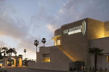 Exterior view of The Redondo Beach Hotel.