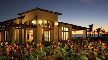 Exterior view of Sheraton Carlsbad Resort & Spa.