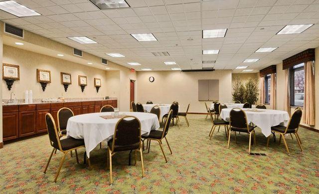 Bert Mooney Airport Conference Room