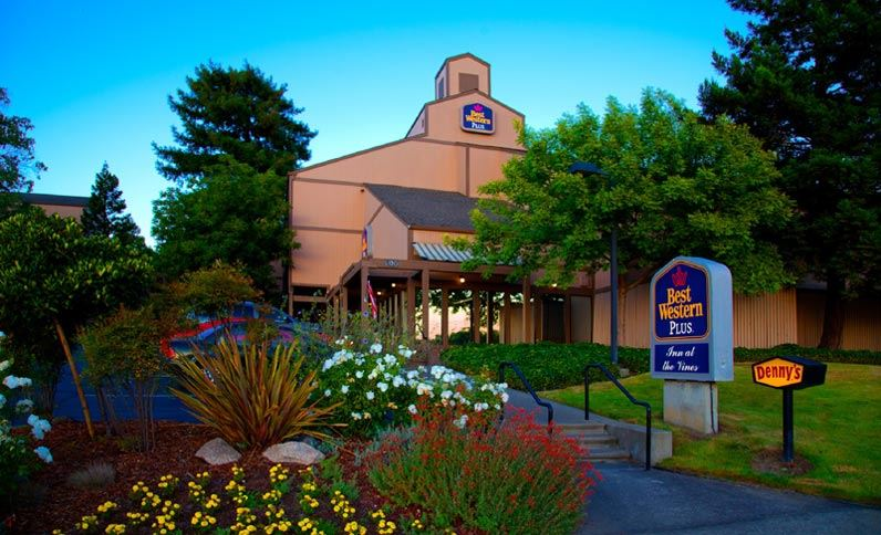Exterior View of Best Western Plus Inn at the Vines