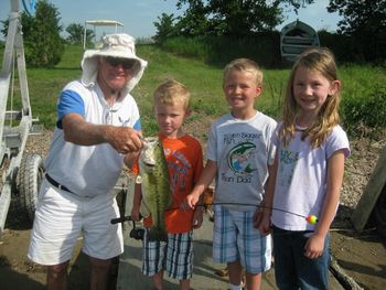 Family fishing at Twin Lake Landing.