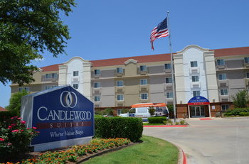 Exterior view of Candlewood Suites DALLAS-LAS COLINAS.