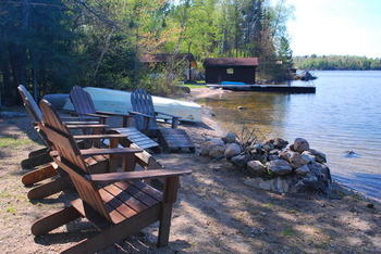 Lakeside Seating at Tamarack Resort