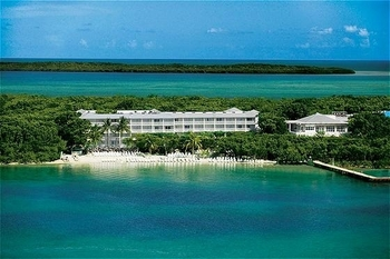 Exterior view of Key Largo Grande Resort & Beach Club.