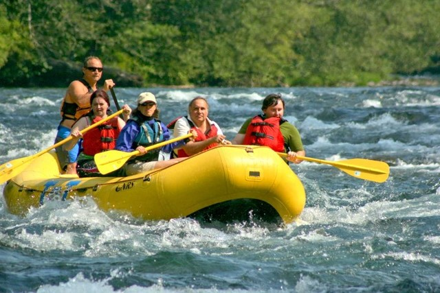 River rafting at McKenzie River Mountain Resort.