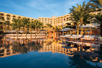 Exterior View of Hilton Los Cabos Resort.