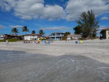 The beach at Englewood Beach & Yacht Club.