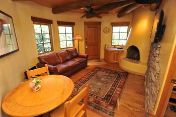 Anasazi Penthouse Suite living room at Inn on La Loma Plaza.