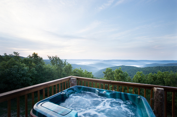 Cabin jacuzzi at Buffalo Outdoor Center.