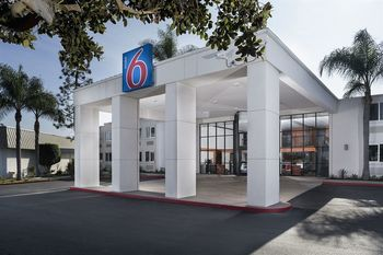 Exterior view of Motel 6 Carson.