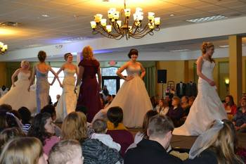 Wedding show at Three Bears Lodge.