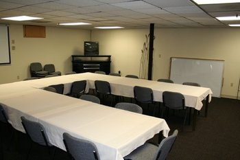 Conference room at Weathervane Terrace Inn and Suites.