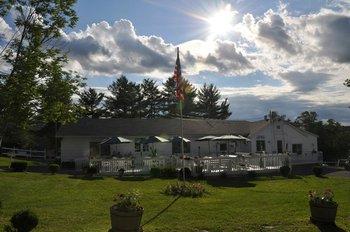 Exterior inn view at Gavin's Irish Country Inn.