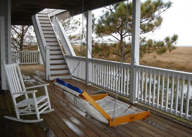 Manteo vacation rentals house 4 bedroom 3 5 bath for 8 bedroom cabins in north carolina