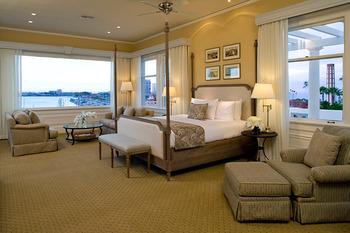 Penthouse suite at Glorietta Bay Inn.