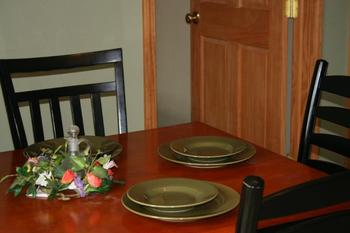Cabin dining area at White Wing Resort on Table Rock Lake.