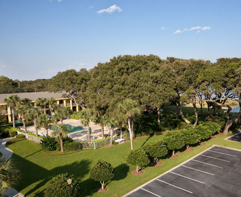 Aerial view of The Beachview Club.