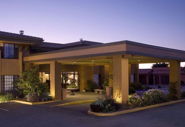 The morgan at san simeon san simeon ca resort reviews for Pet friendly hotels near hearst castle