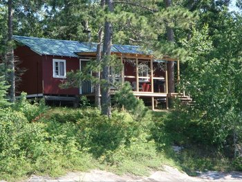 Cabin at Rex Tolton's Miles Bay Camp.