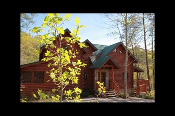 Cabin exterior at Eden Crest Vacation Rentals, Inc. - Knotty Pines.